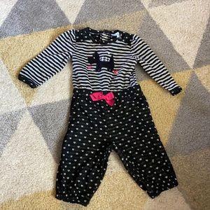 Nursery rhymes size 6 month onesie dog print